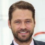 Jason Priestly endorses Dispenser Amenities